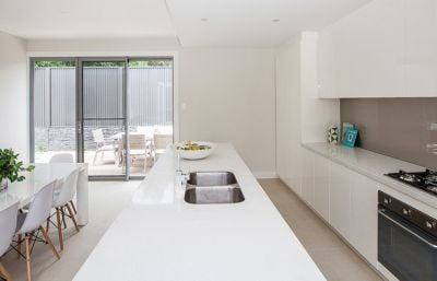 Customize Apartment White and Grey Lacquer Kitchen Cabinets