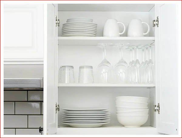 TIPS TO HELP YOU ORGANIZE KITCHEN CABINETS